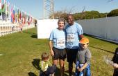 Kipketer (Kenia). Campeón Olímpico de 800 m.l. con mi amigo Anchoa.